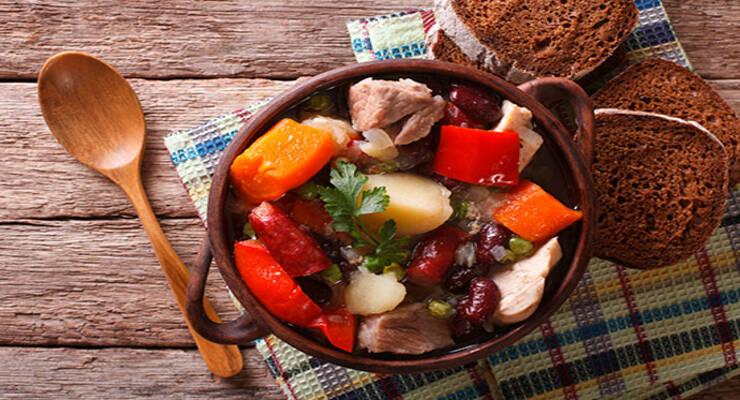 Фото к статье: 5 рецептов блюд в горшочках, которые вам точно понравятся