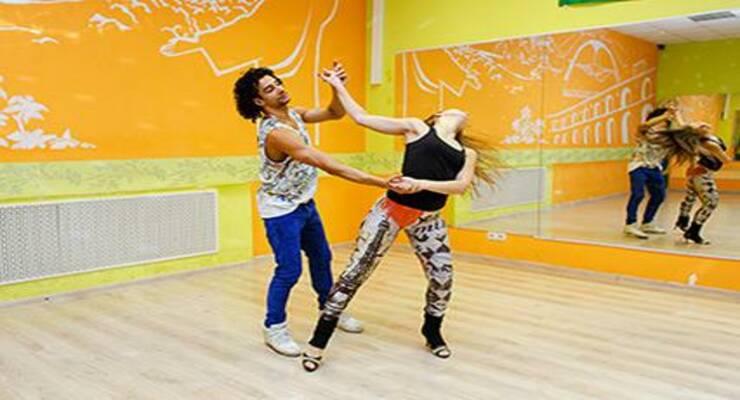 Фото к статье: Сексуальные движения танца зук, которые пригодятся  на любой вечеринке