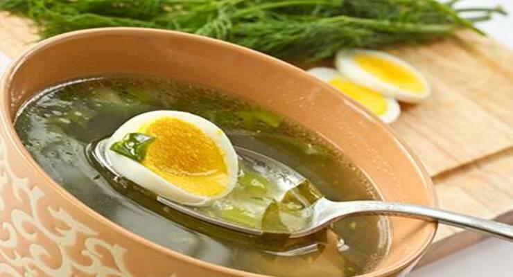 Фото к статье: Что приготовить из щавеля, крапивы, шпината: рецепты