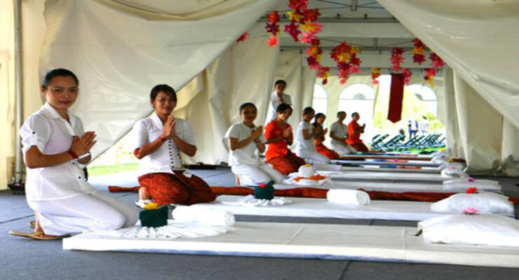 Фото к статье: «7 Красок» готовятся установить мировой рекорд по крупнейшему уроку массажа на фестивале «Загадочная Азия»