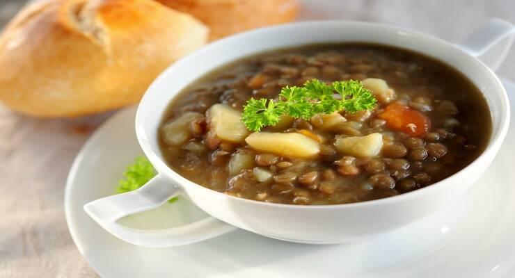 Фото к статье: Арабский суп: рецепт с чечевицей и мясом