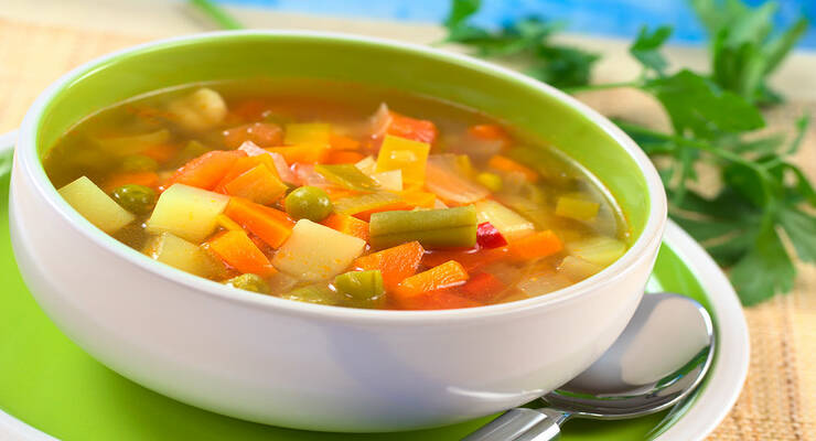 Фото к статье: 6 рецептов вегетарианских супов, которые согреют вас в этом феврале
