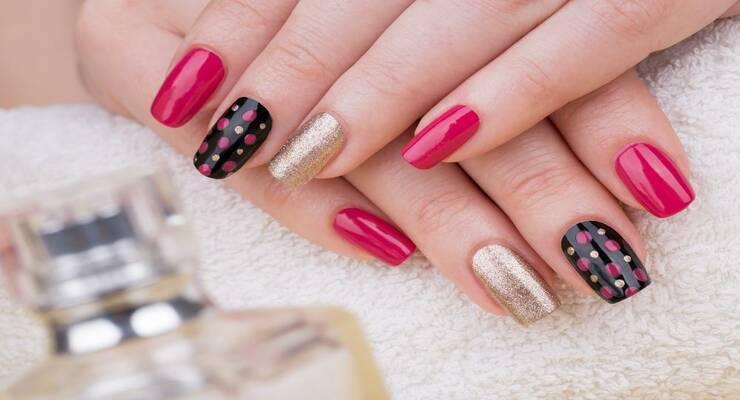 Фото к статье: Идеальный маникюр: как выбрать форму и цвет ногтей