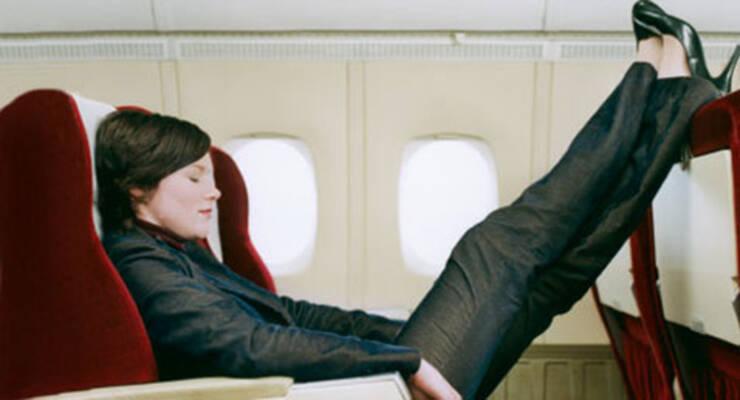 Фото к статье: Как выйти из самолета без радикулита