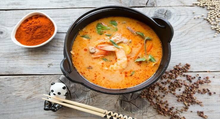 Фото к статье: Острый суп том ям: 5 рецептов на любой вкус