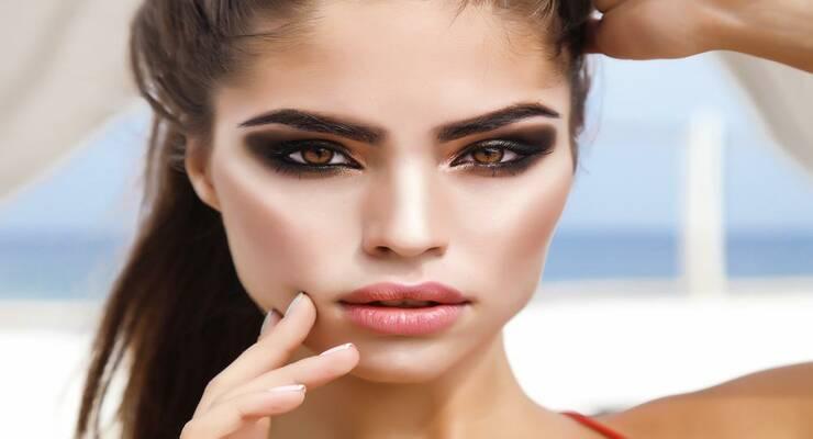 Фото к статье: База данных: как выбрать основу под макияж для глаз, губ и лица