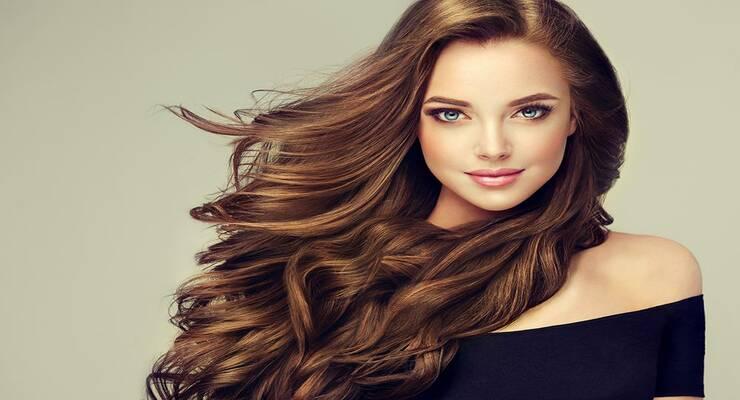 Фото к статье: 8 стайлинг-средств, которые ухаживают за волосами
