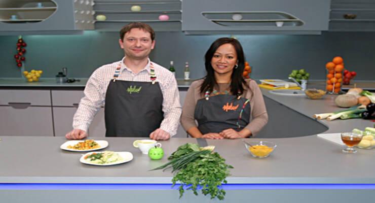 Фото к статье: «Хорошая еда» и тайская кухня. Овощное карри, чай с лаймом и лапша без муки