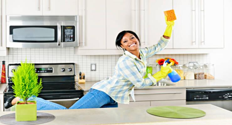 Фото к статье: Фитнес дома: уборка с пользой для фигуры (ФОТО)