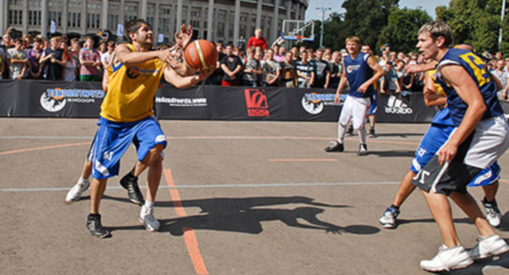 Фото к статье: Фитнес-марафон «ЖИВИ!» в Лужниках