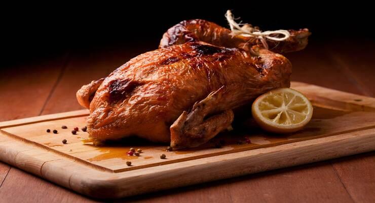 Фото к статье: Ароматная курица, запеченная в соли