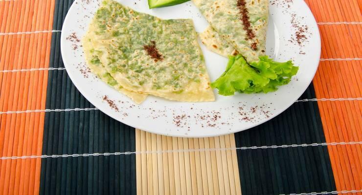 Фото к статье: Кутабы и другие лепешки с первой зеленью: лучшие рецепты