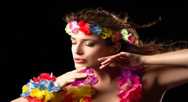 Фото к статье: Гавайские танцы для красивых бедер и круглой попы (ФОТО)