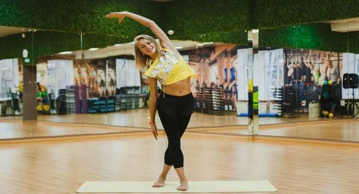 Фото к статье: Stretch-тренировка: упражнения на растяжку для мышц всего тела