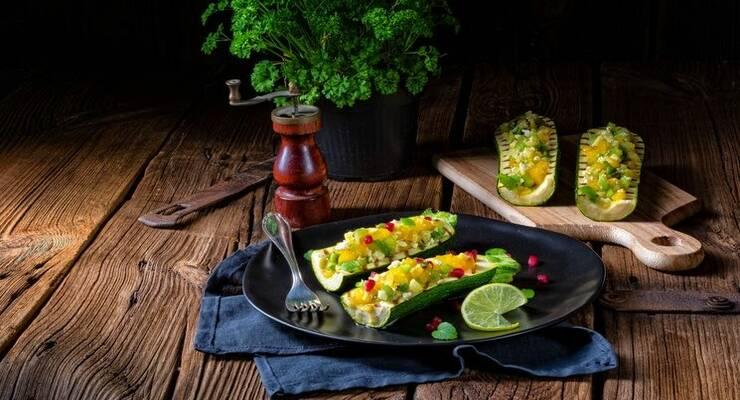 Фото к статье: Фаршированные кабачки: 7 оригинальных рецептов