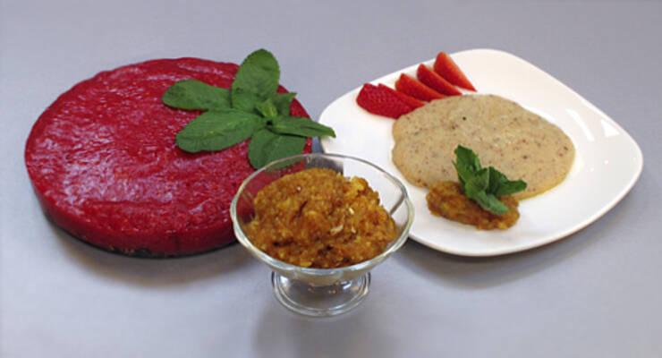 Фото к статье: «Хорошая еда» из органических продуктов. Сыроедный торт и каша из цельной пшеницы