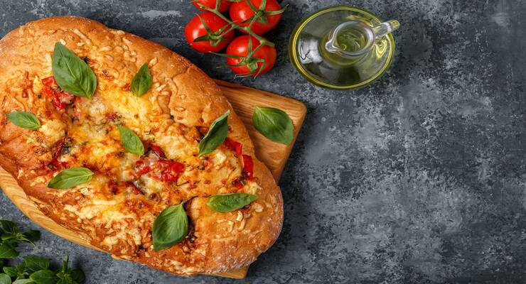 Фото к статье: Фокачча с вялеными томатами