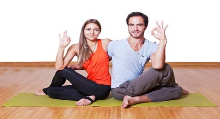Фото к статье: Парная йога: асаны, которые можно делать вместе (ФОТО)