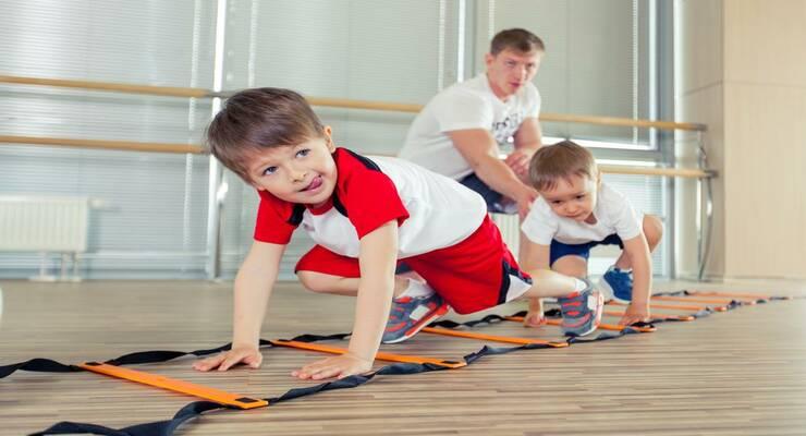 Фото к статье: Освобождение от физкультуры: когда оно нужно ребенку