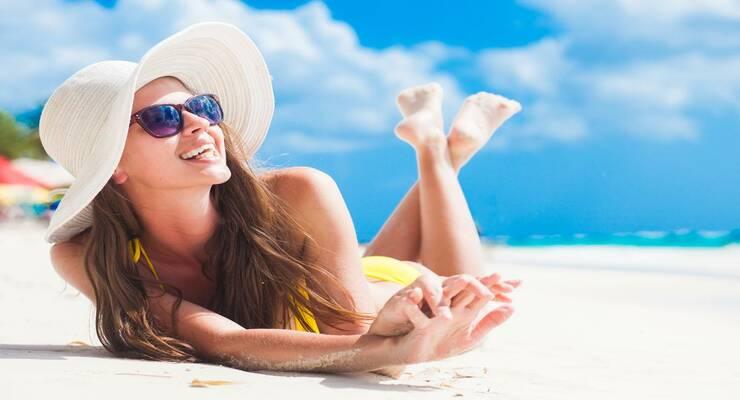 Фото к статье: Как выбрать летний аромат женщине