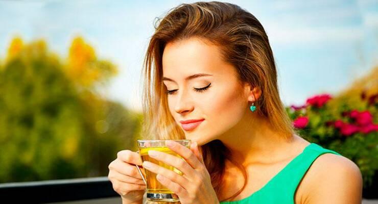Фото к статье: Зеленый чай с лимоном – надежная защита кожи от солнца