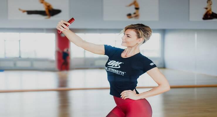 Фото к статье: Лучшие позы для ваших фитнес-фото