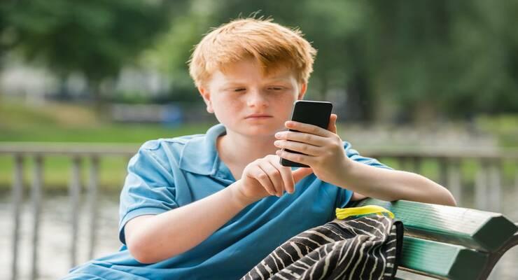 Фото к статье: Что такое кибермоббинг и как защитить ребенка от него