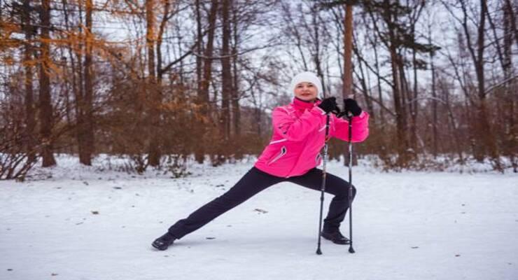 Фото к статье: Как правильно завершать занятия скандинавской ходьбой (видео)