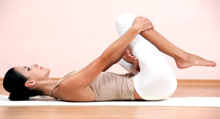 Фото к статье: Утренняя йога: как быстрее проснуться (ФОТО)
