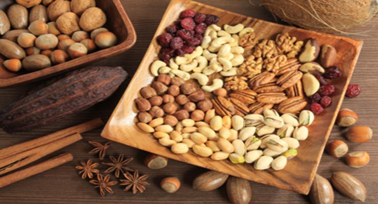 Фото к статье: Чем полезны орехи: грецкий, фундук, кешью, миндаль…