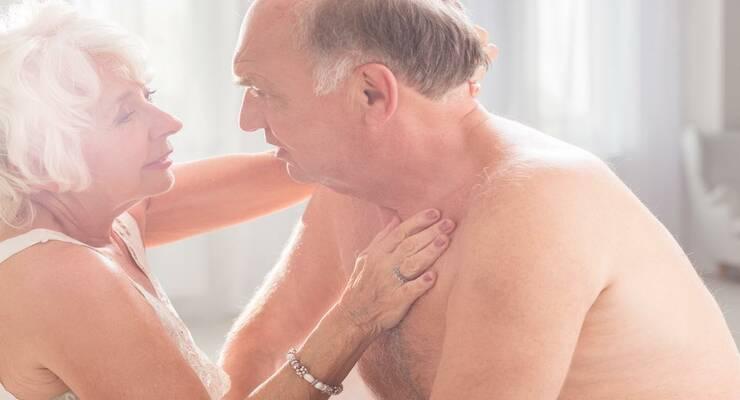 Фото к статье: Пожилые пары: секс для женщин полезнее, чем для мужчин?