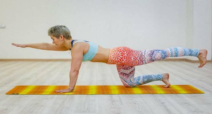 Фото к статье: Практика йоги, которая избавит вас от отеков