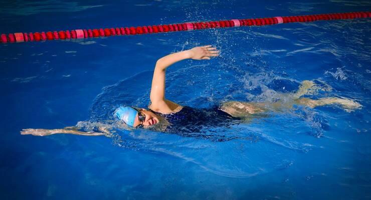 Фото к статье: Как выбрать купальник для тренировок в бассейне