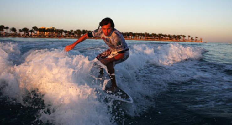 Фото к статье: Burevestnik Wake & Surf ProСup: серфинг  по-московски