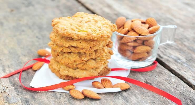 Фото к статье: Печенье из сливочного сыра с миндалем