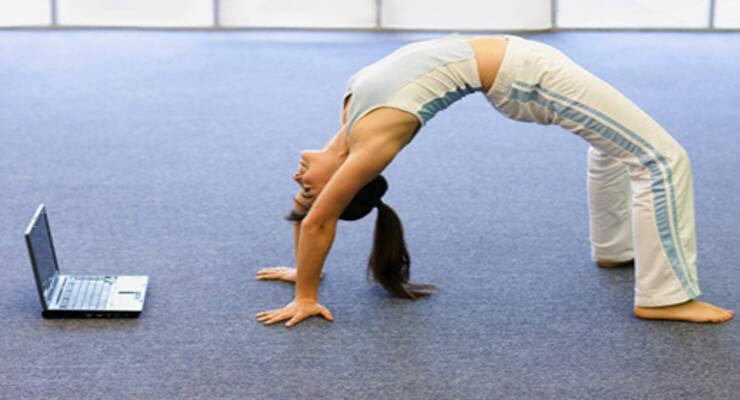 Фото к статье: Как организовать дома занятия фитнесом онлайн