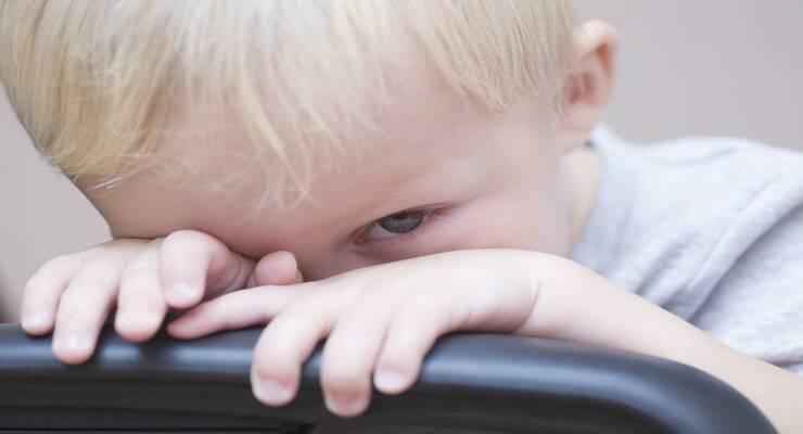 Фото к статье: Почему ребенок врет?