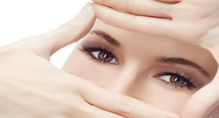 Фото к статье: Мешки и темные круги под глазами: рецепты красоты
