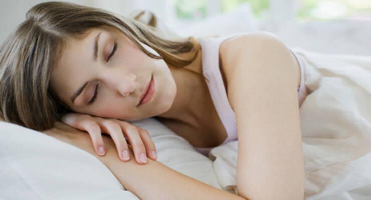 Фото к статье: Сон от морщин