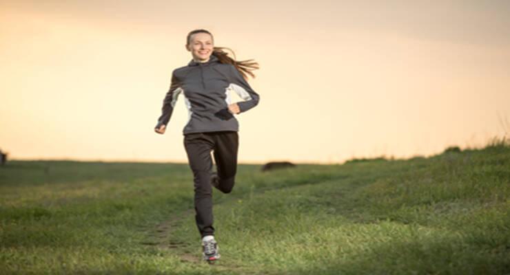 Фото к статье: Сжигаем жир: вечерний комплекс упражнений для похудения (ФОТО)