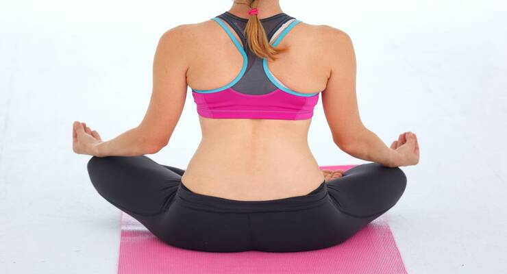 Фото к статье: Практика йоги при опущении внутренних органов