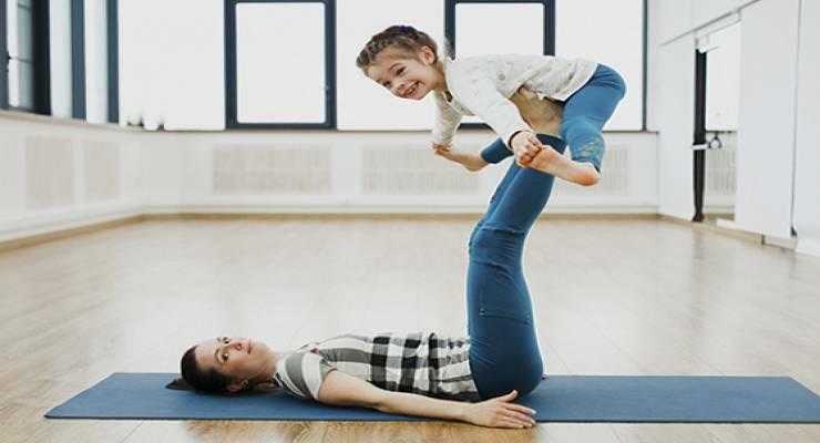 Фото к статье: Утренняя зарядка для детей:  первые упражнения вашего ребенка