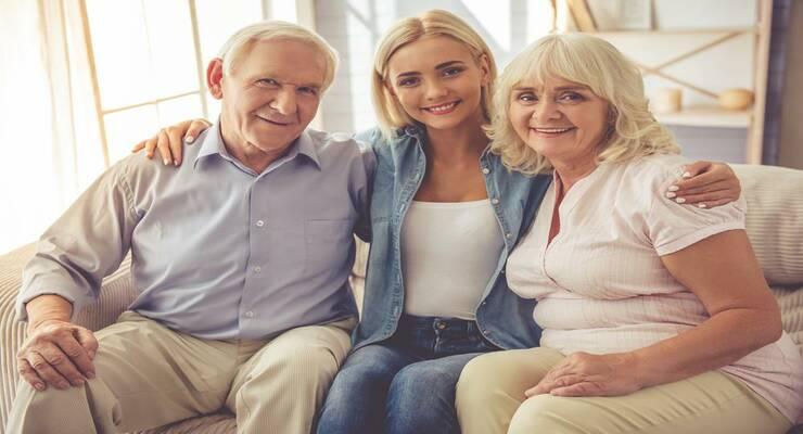 Фото к статье: Как выстроить отношения с пожилыми родителями