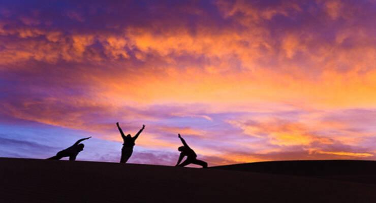 Фото к статье: Вечерняя йога: как построить практику