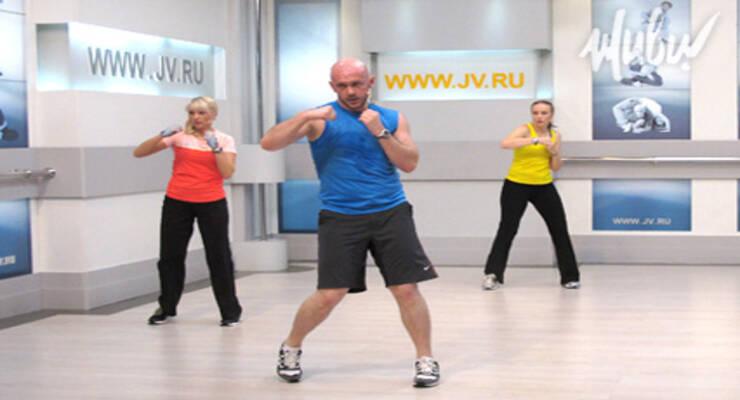 Фото к статье: Премьера «ЖИВИ!»: Fit-bo+ c Алексеем Василенко