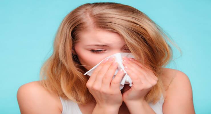 Фото к статье: Правила макияжа при простуде