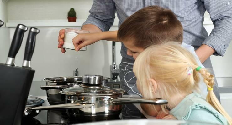 Фото к статье: Соль в рационе малыша