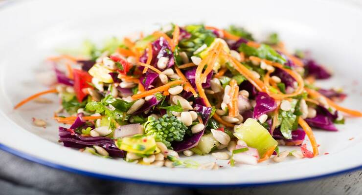 Фото к статье: Салат из тертого дайкона