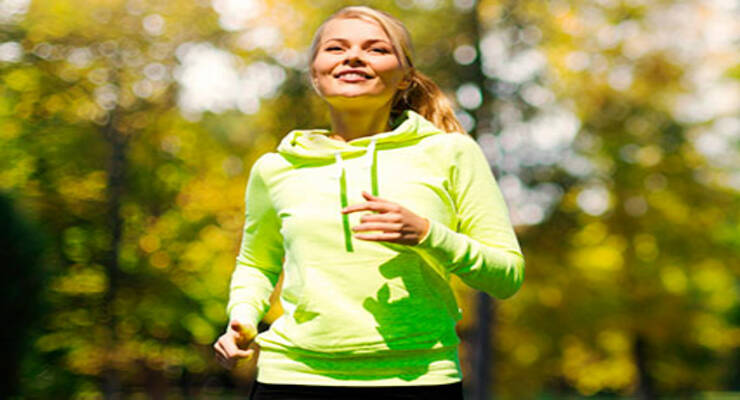 Фото к статье: Похудеть с доступными тренировками: аэробика, плавание, прыжки со скакалкой
