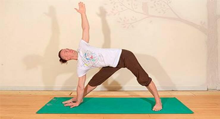 Фото к статье: Простые асаны йоги, которые вы выполняете неправильно (ФОТО)